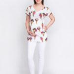 Фото: Модная белая туника для беременных White Ice Cream