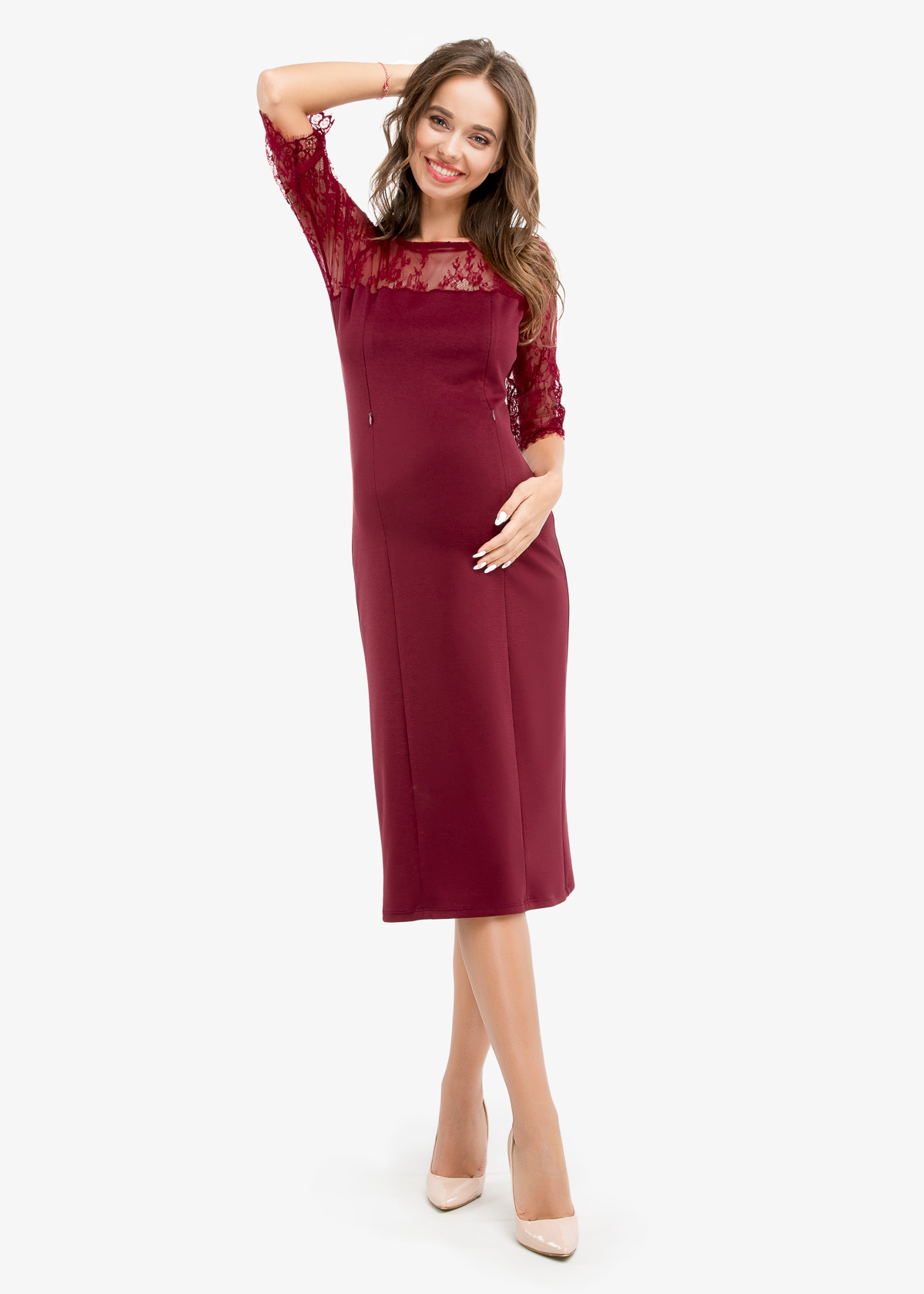 Фото: Бордовое прямое платье