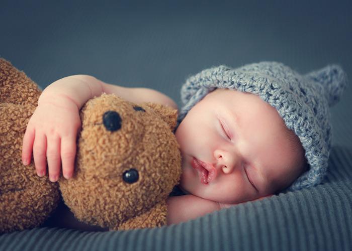 Как нормализовать сон грудного крохи