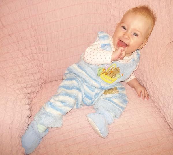 Ребенок от 6 до 9 месяцев